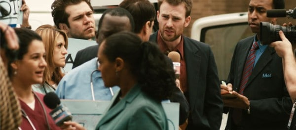 Mike Weiss (Chris Evans) in PUNCTURE. Courtesy of Millennium Entertainment